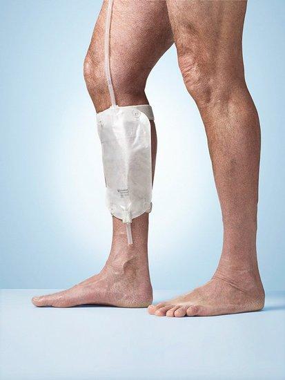 Poche de recueil accrochée à la jambe